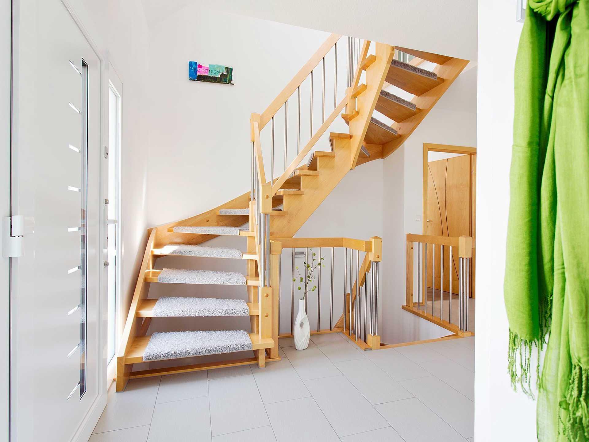 Innenansicht Treppenhaus - Einfamilienhaus R99.20 - Fingerhut Haus