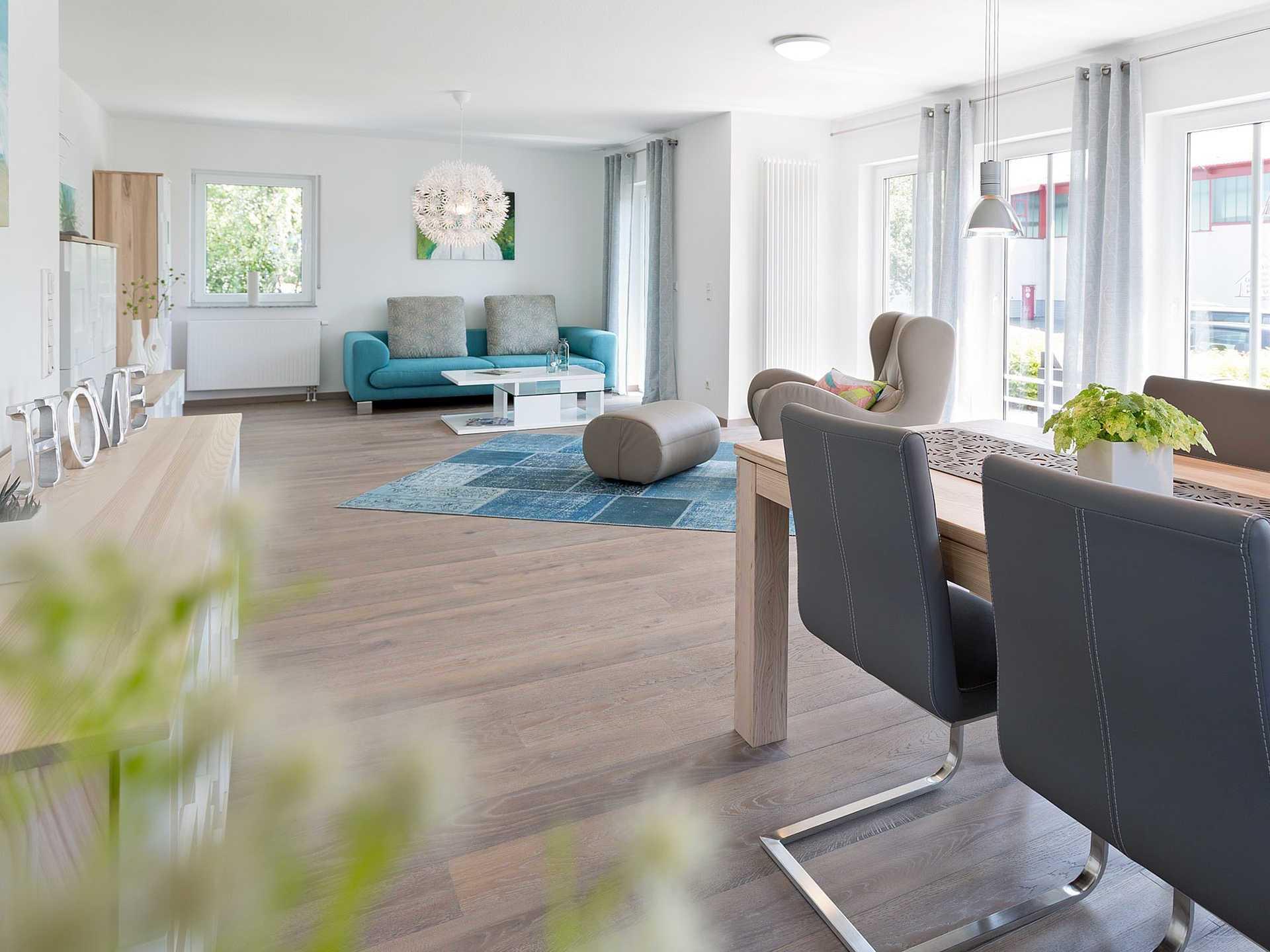 Innenansicht Wohn- und Essbereich - Einfamilienhaus R99.20 - Fingerhut Haus