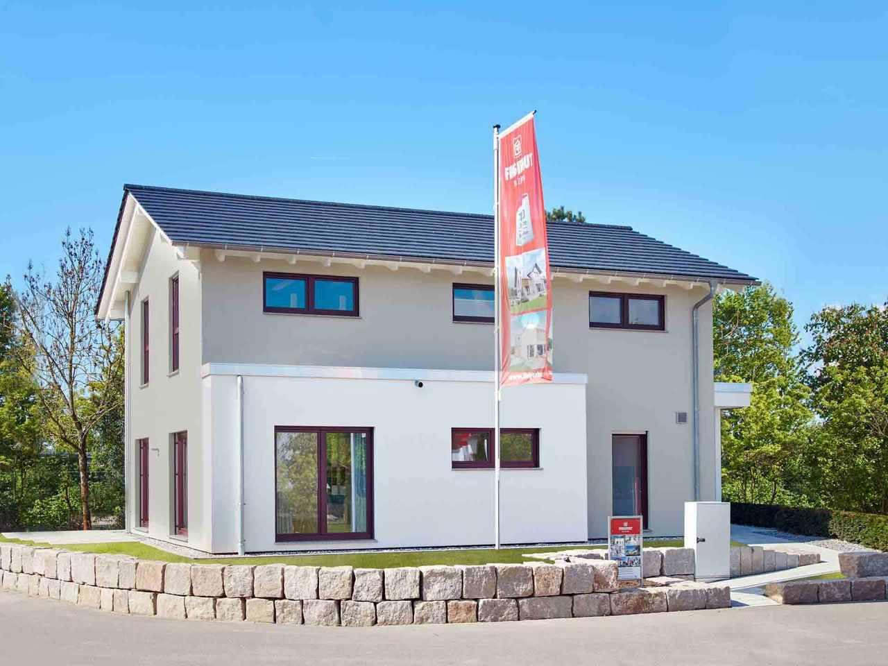 Musterhaus Mannheim R 111.20 - Fingerhut Haus Garten