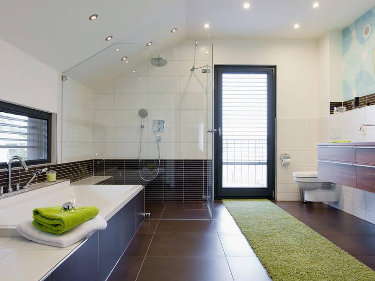 Innenansicht Badezimmer - Einfamilienhaus R104.10 - Fingerhut Haus