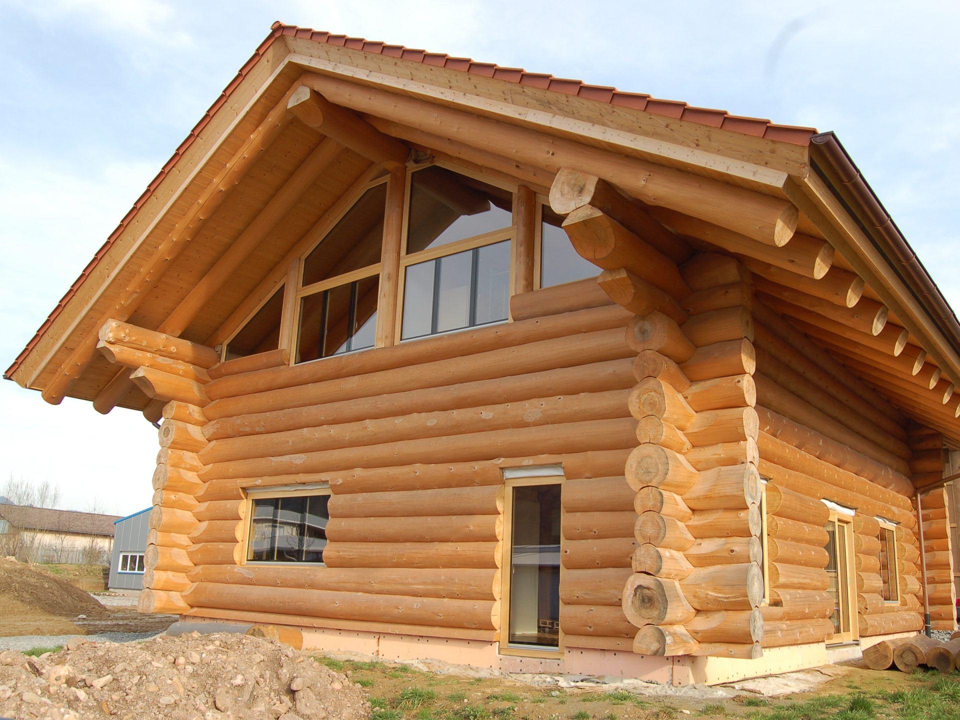 Naturstammhaus - Außenansicht