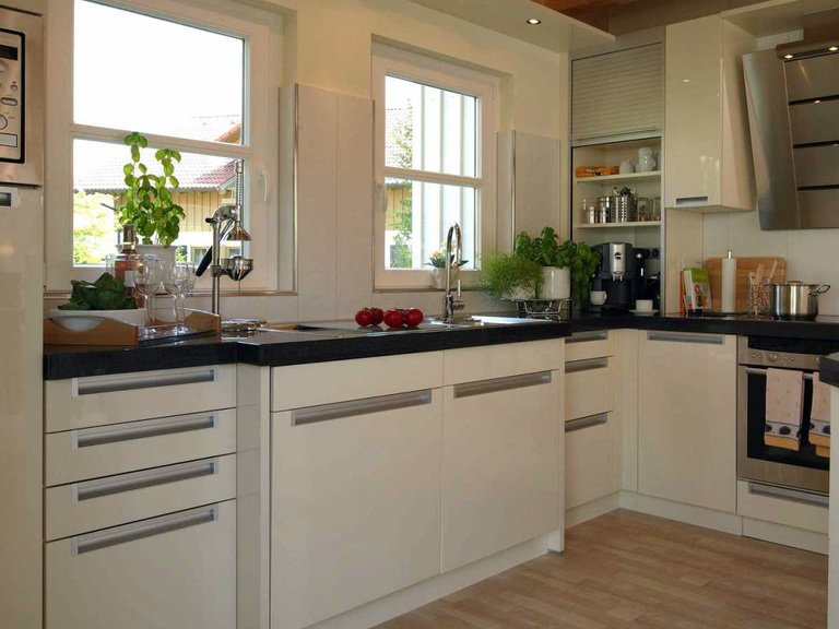 musterhaus poing bei m nchen fertighaus weiss. Black Bedroom Furniture Sets. Home Design Ideas