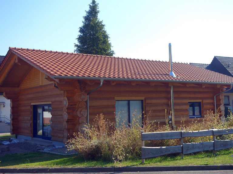 BlockHausBau Martin Schwarz - Bungalow Naturstammhaus