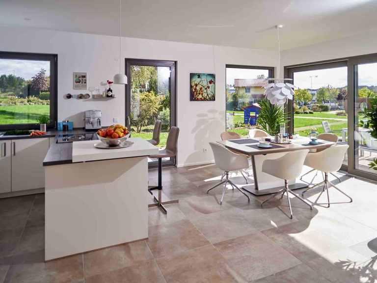 Satteldachhaus Variant 35-154 - HANSE-HAUS Grundriss OG Offene Küche und Essbereich
