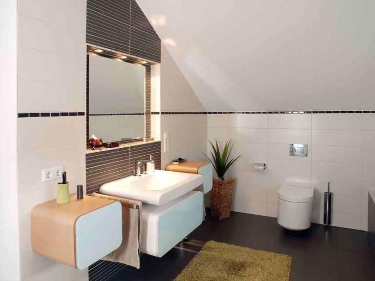 Einfamilienhaus Jazz Sonderplanung - Schwabenhaus Badezimmer: Waschbecken und Toilette
