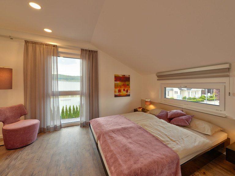 Schlafzimmer Musterhaus Sunshine 143