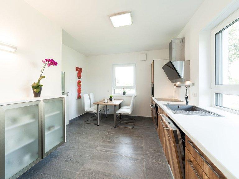 musterhaus dresden typ stadtvilla sv 123 taff haus. Black Bedroom Furniture Sets. Home Design Ideas
