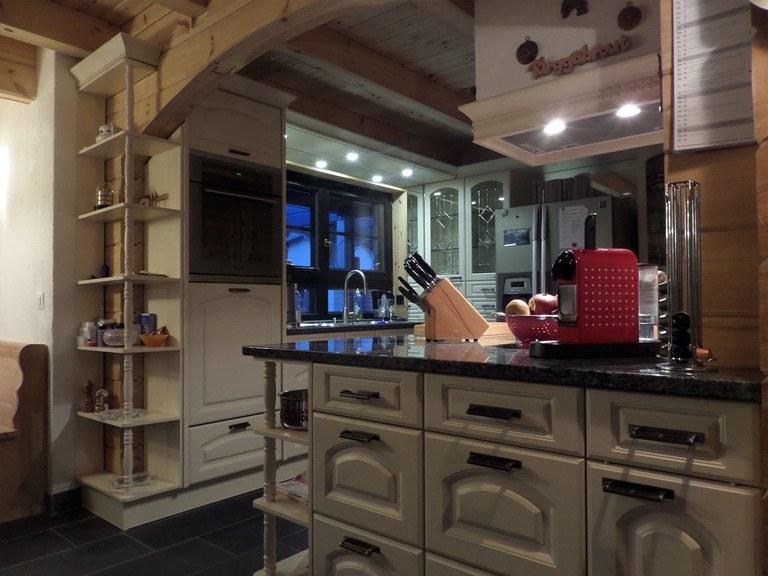 Haus Schweiz, Küche