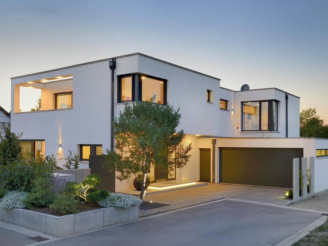Haus reichenbach gruber holzhaus for Modernes haus kubus