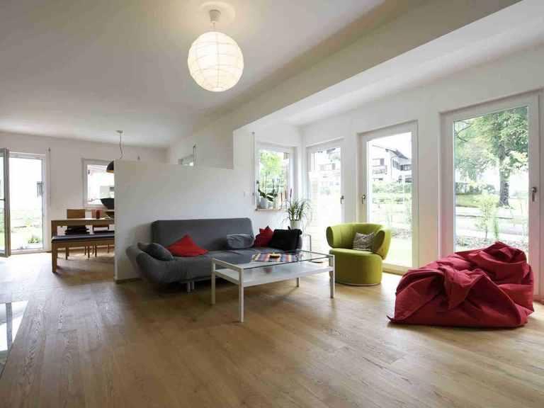 Individuell geplantes Kundenhaus 8 - WOLF System Haus Wohnzimmer