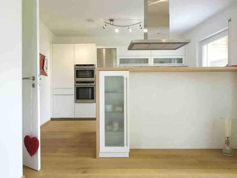 Individuell geplantes Kundenhaus 8 - WOLF System Haus Offene Küche