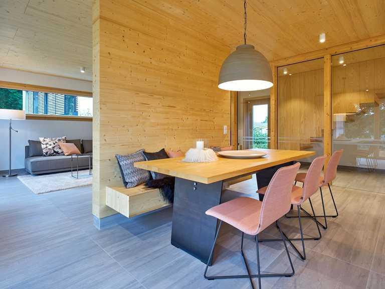 Referenzhaus Casa-Vita Esszimmer