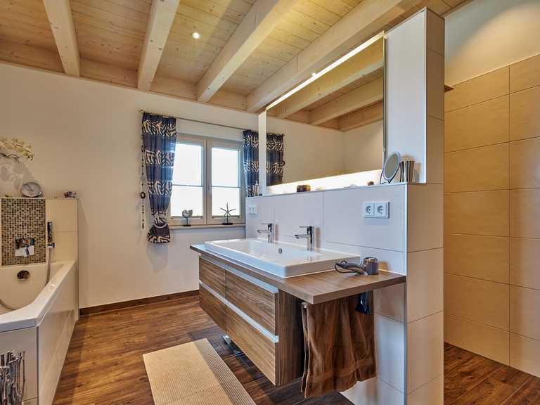 Kundenhaus Stefani Badezimmer