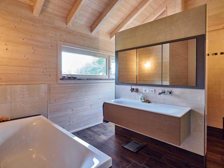 Kundenhaus Schönberg Badezimmer