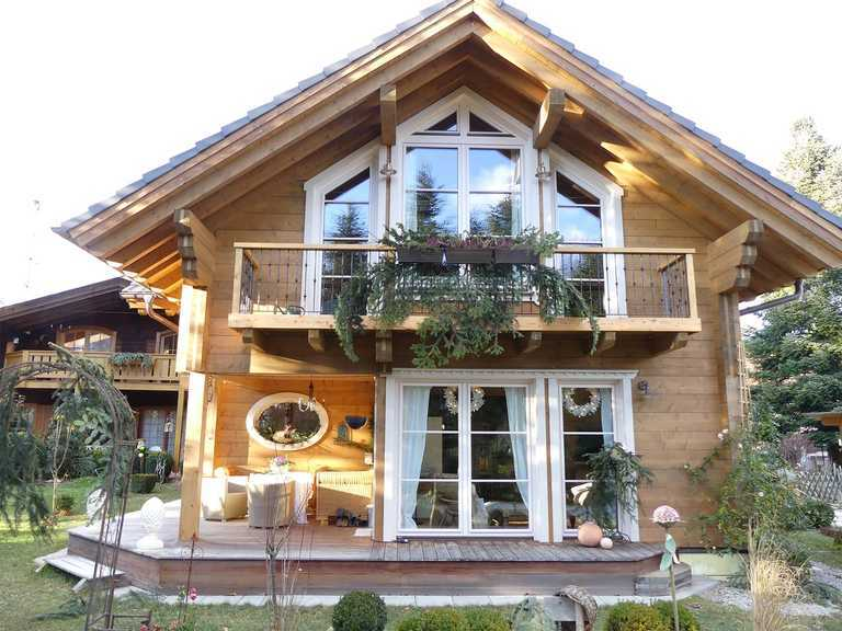 Musterhaus Adelshofen - Tiffani Homes
