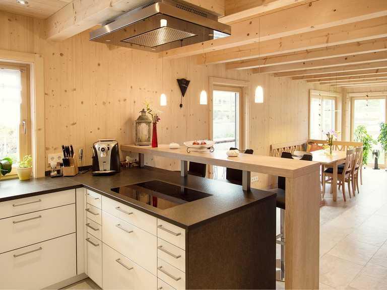 Massivholzhaus Köln Küche 2