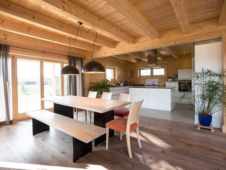 Chiemgauer Holzhaus Blockhaus Chieming Küche