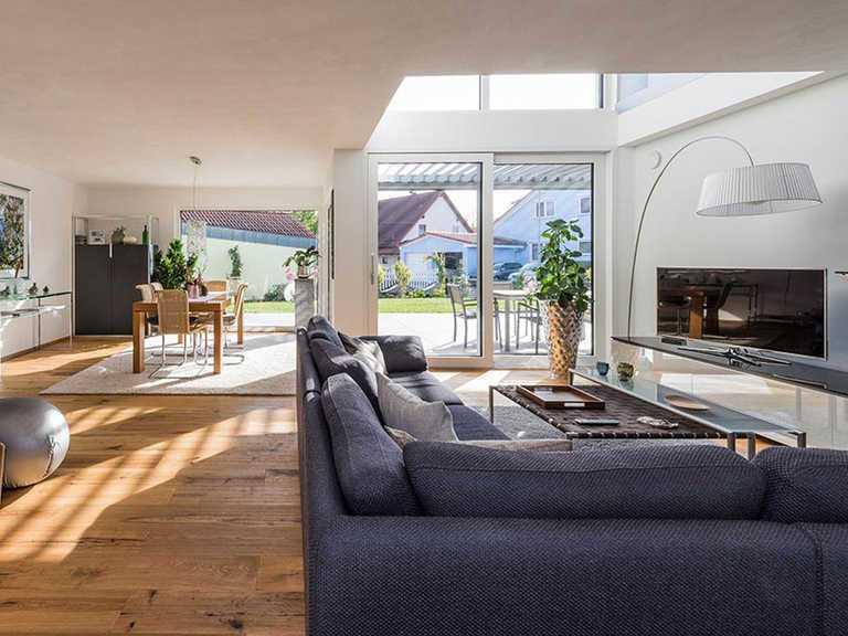 Wohn- und Essbereich - KitzlingerHaus - Referenzhaus Neustetten