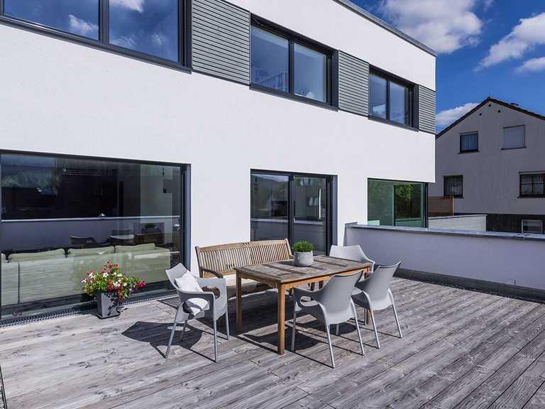 Terrasse - KitzlingerHaus - Referenzhaus Dettingen/Erms