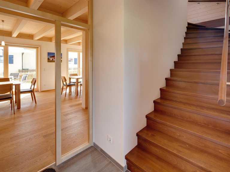 Musterhaus Eresing Holztreppe