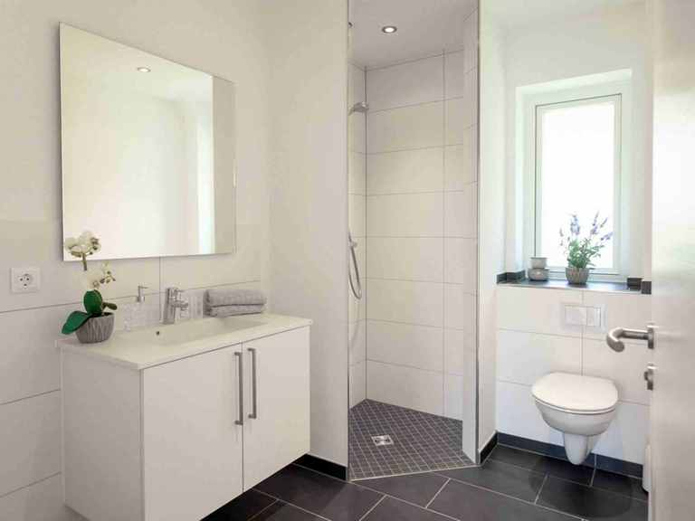 Bungalow B110 - Die HausCompagnie Badezimmer