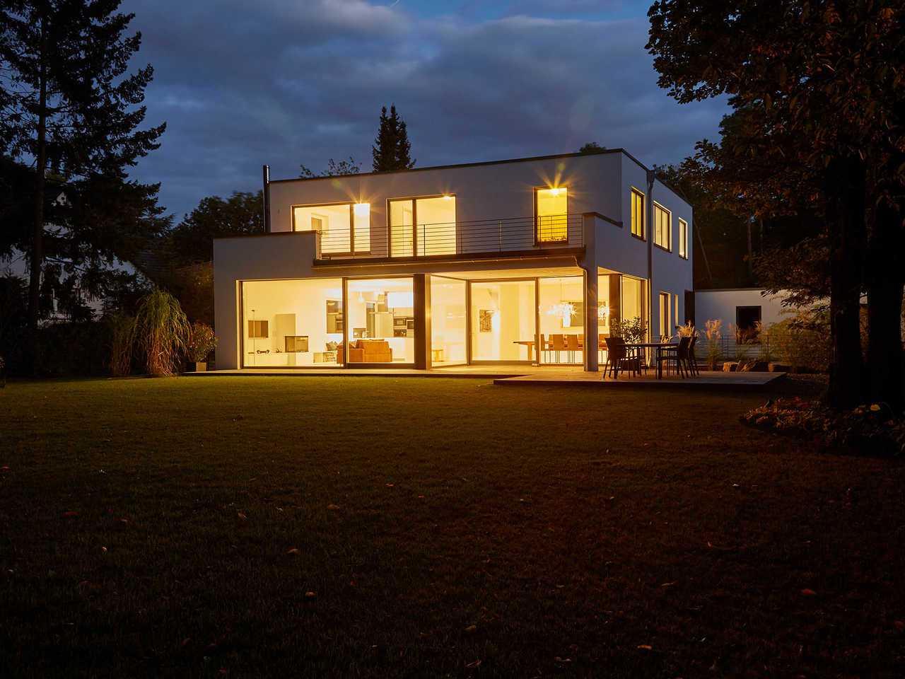 Designhaus Kubus - Ansicht bei Nacht