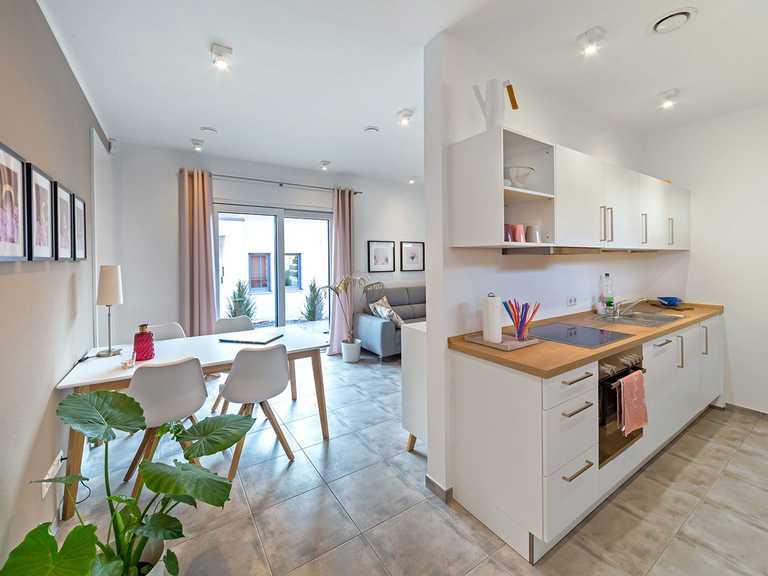 Küche - Musterhaus Estenfeld von OKAL Haus