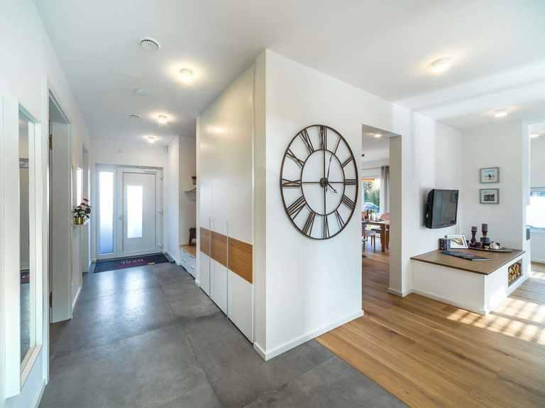 Wohnbereich - Musterhaus Estenfeld von OKAL Haus