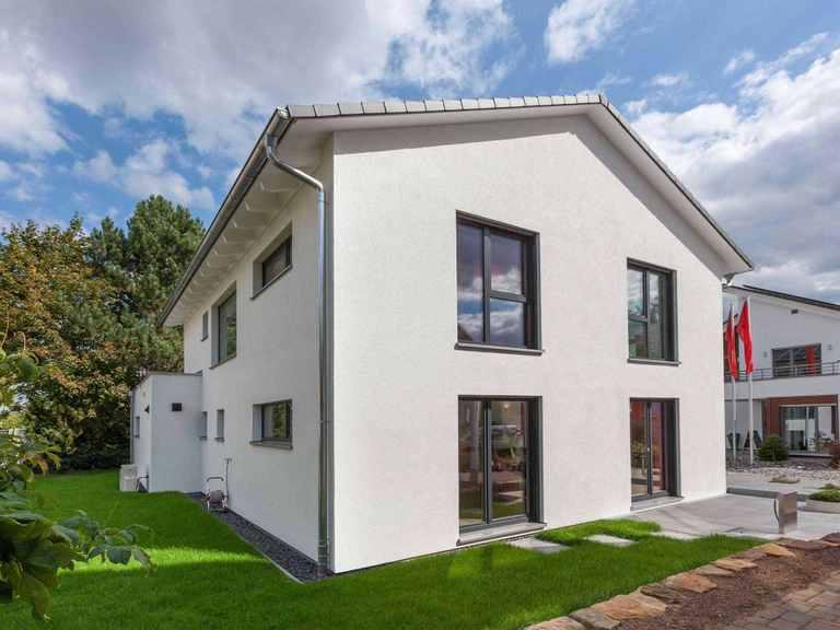 Musterhaus Fellbach-Stuttgart, Gartenansicht