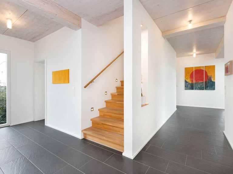 Treppe - Einfamilienhaus Unikat 064 von TALBAU-Haus