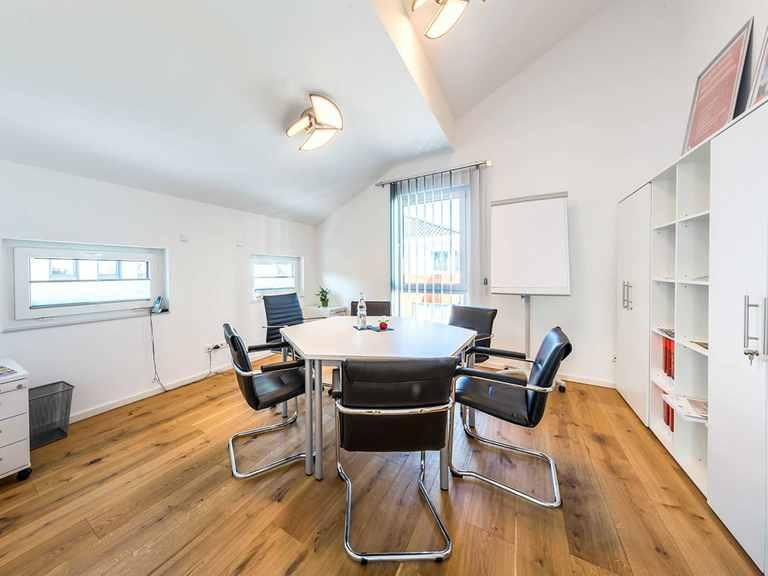 Büro - Musterhaus Offenburg von OKAL Haus