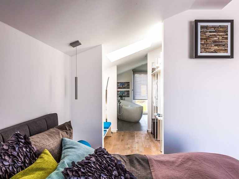 Schlafzimmer - Musterhaus Günzburg von OKAL Haus