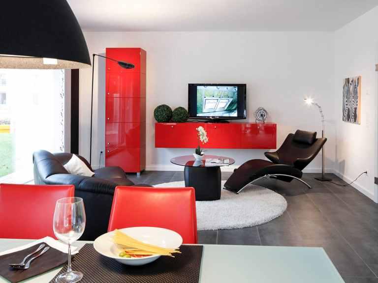 Wohnzimmer - Musterhaus Mannheim von OKAL Haus