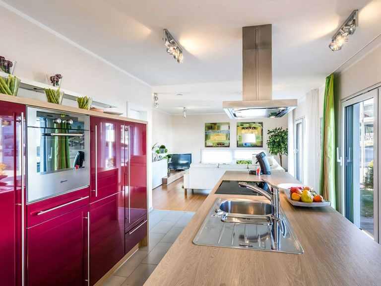 Küche - Musterhaus Villingen-Schwenningen von OKAL Haus