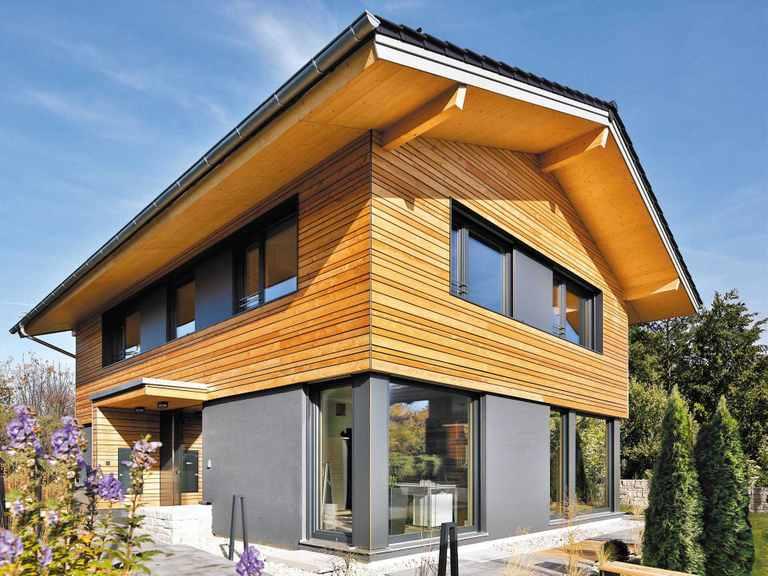 Regnauer Hausbau Musterhaus Heidi, Außenansicht 2