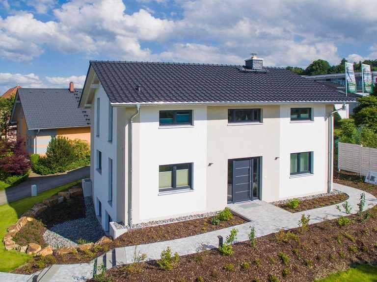 HELMA Eigenheimbau Musterhaus Trient weitere Ansicht