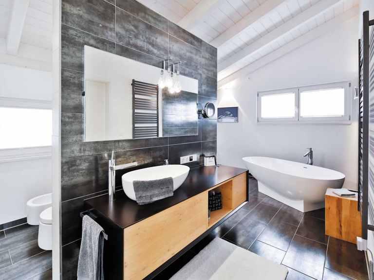 Einfamilienhaus Bruckmühl - Regnauer Hausbau Badezimmer