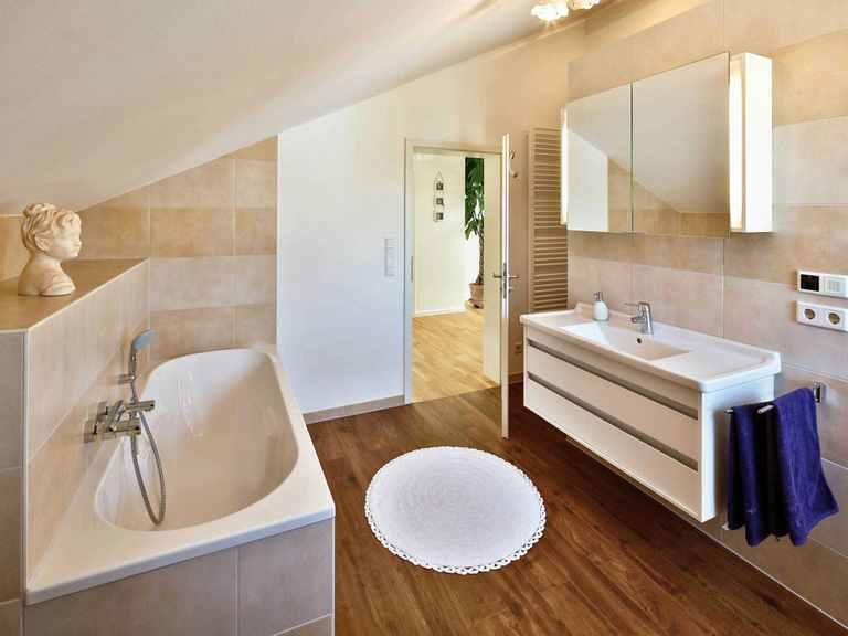 Einfamilienhaus Lautrach - Regnauer Hausbau Badezimmer