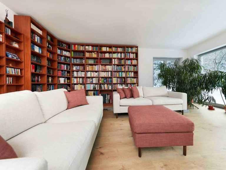 Stadtvilla Brooklyn - GUSSEK HAUS Wohnzimmer mit Bibliothek