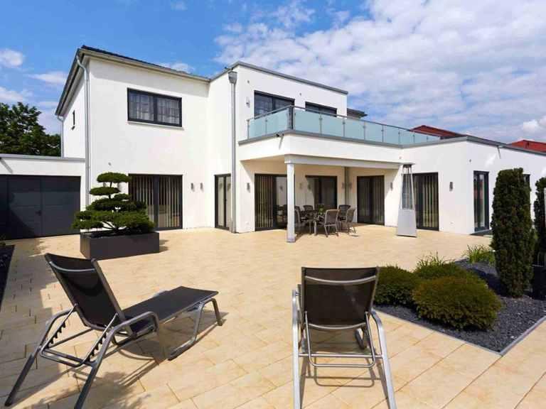 Villa Cannstatt - GUSSEK HAUS Terrasse