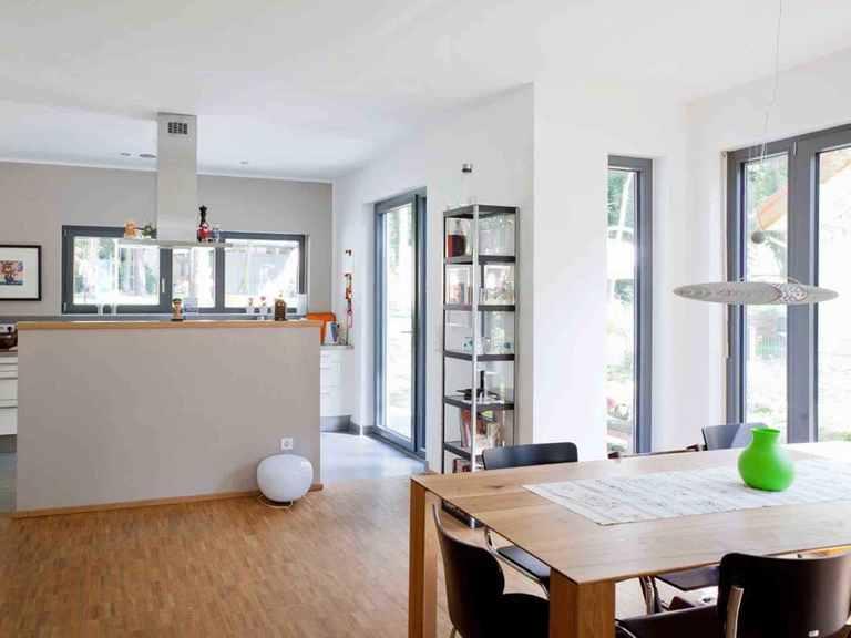 Einfamilienhaus Erlenbach - GUSSEK HAUS Essbereich