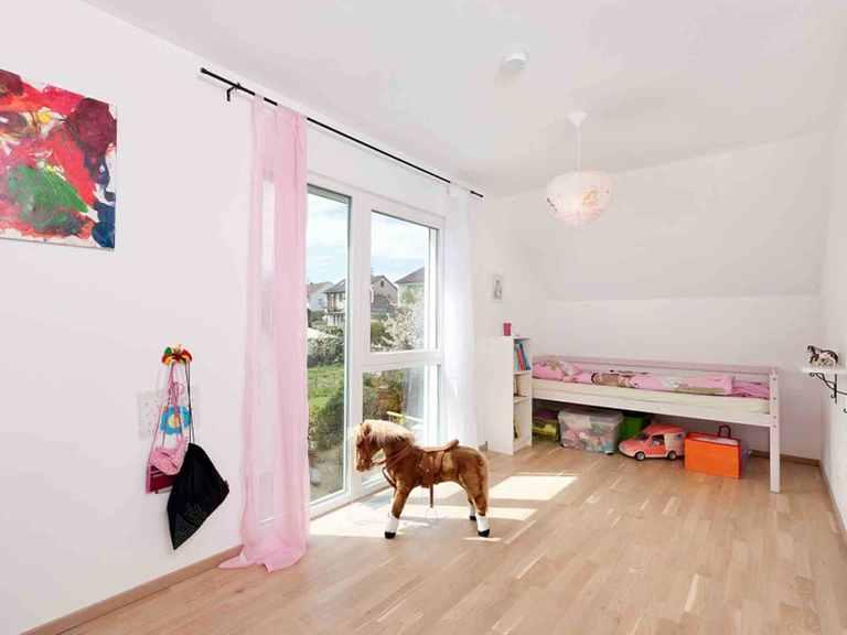 Einfamilienhaus Unikat 122 - TALBAU-Haus Kinderzimmer: Mädchen