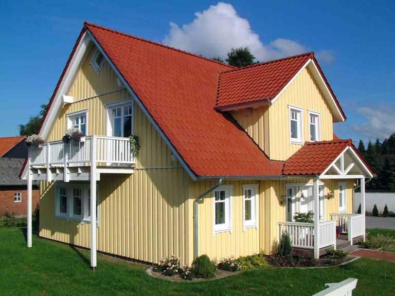 Schwedenhaus XXL 183 - Poggenburg Hausbau Seitliche Ansicht