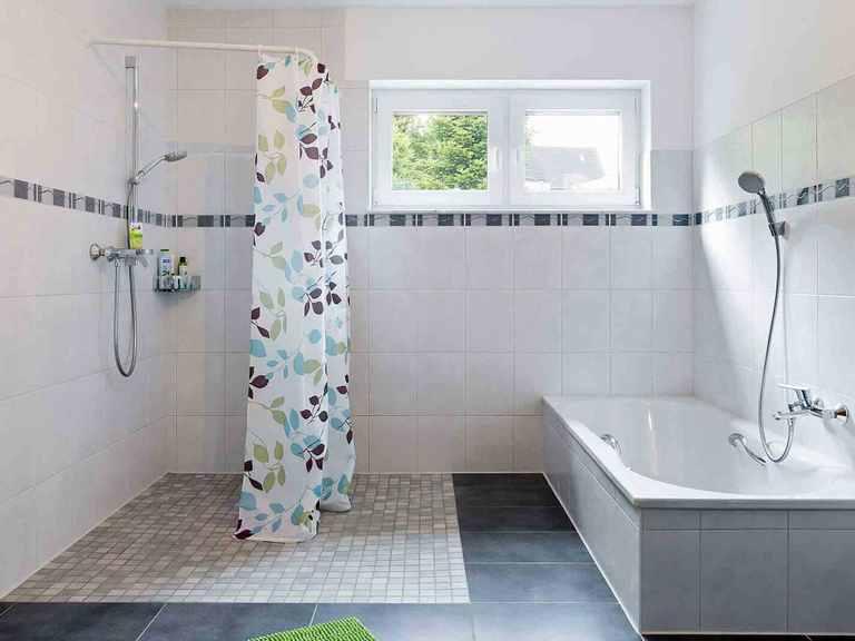 Mehrgenerationenhaus Bonvenon - Fingerhut Haus Barrierefreies Badezimmer 2