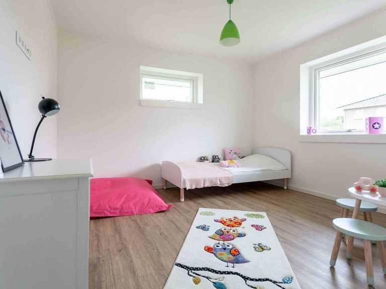 Musterhaus H-Bungalow Schleswig - Die HausCompagnie Kinderzimmer