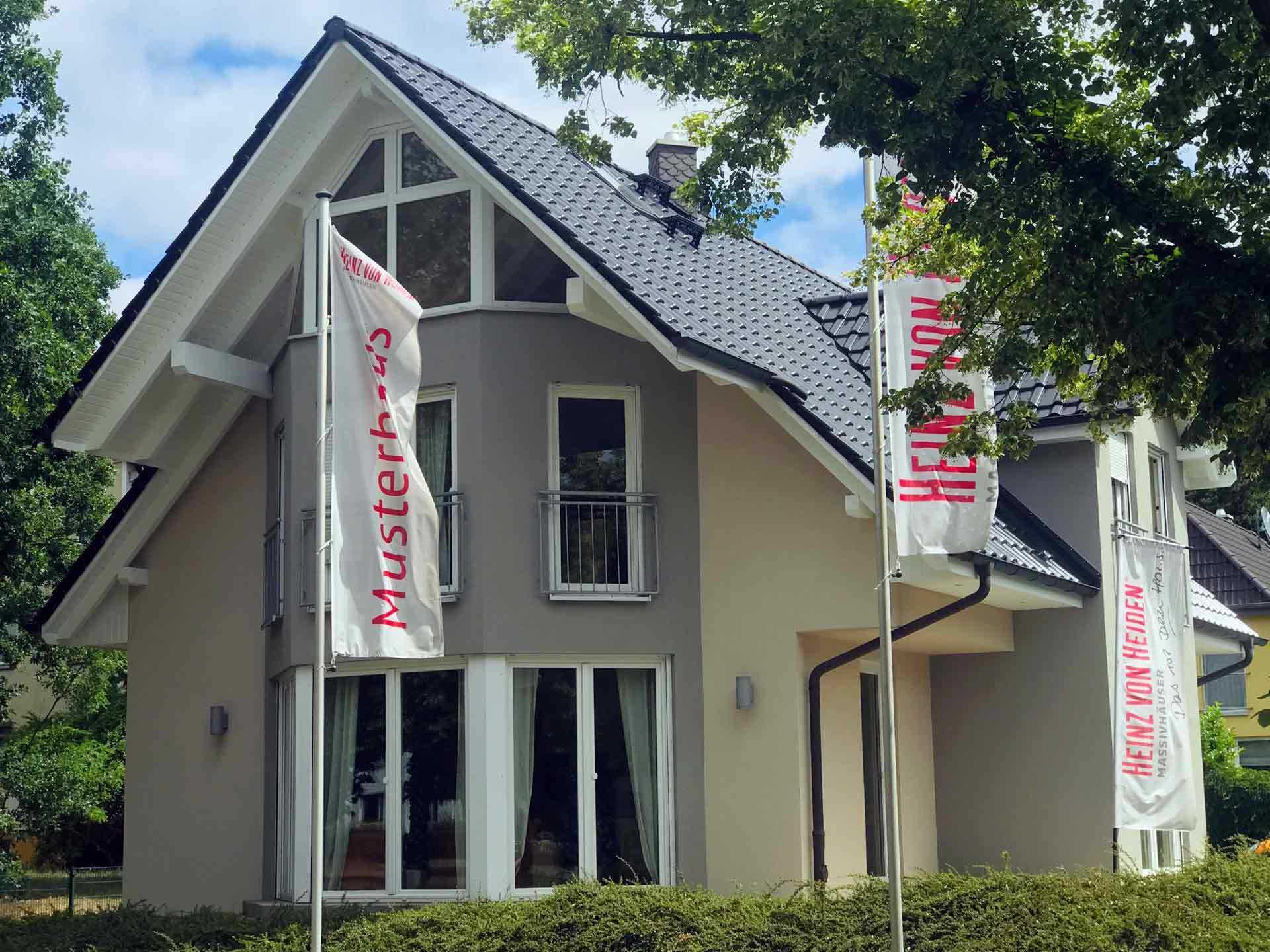 Musterhaus Potsdam - Heinz von Heiden Massivhäuser - Ihr Partner in ...