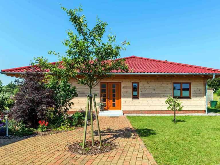 Fullwood Holzhaus Ostseelagune Hauseingang