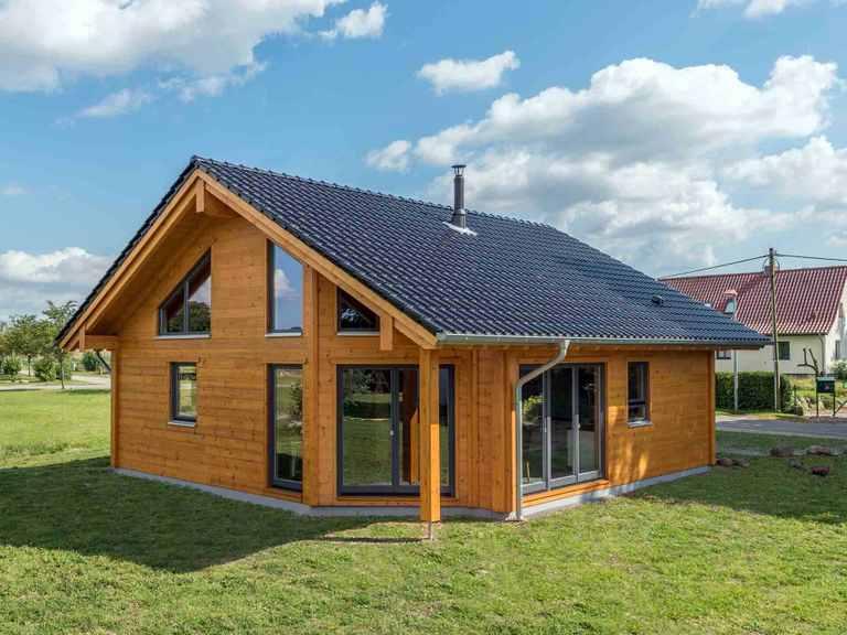 Musterhaus Wismarbucht - Fullwood Wohnblockhaus Garten