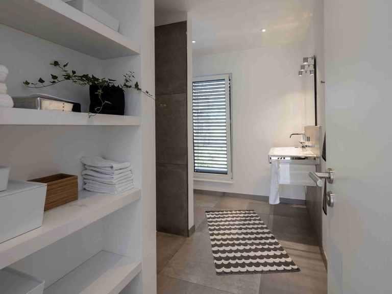 Einfamilienhaus im Grünen - WeberHaus Badezimmer
