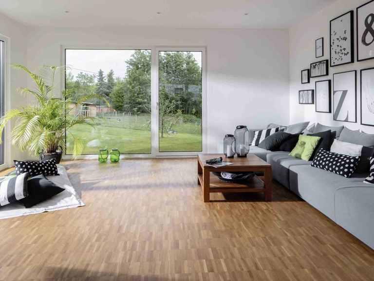 Einfamilienhaus im Grünen - WeberHaus Wohnzimmer